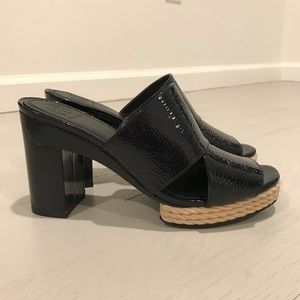 Tory Burch new patent leather mules espadrille